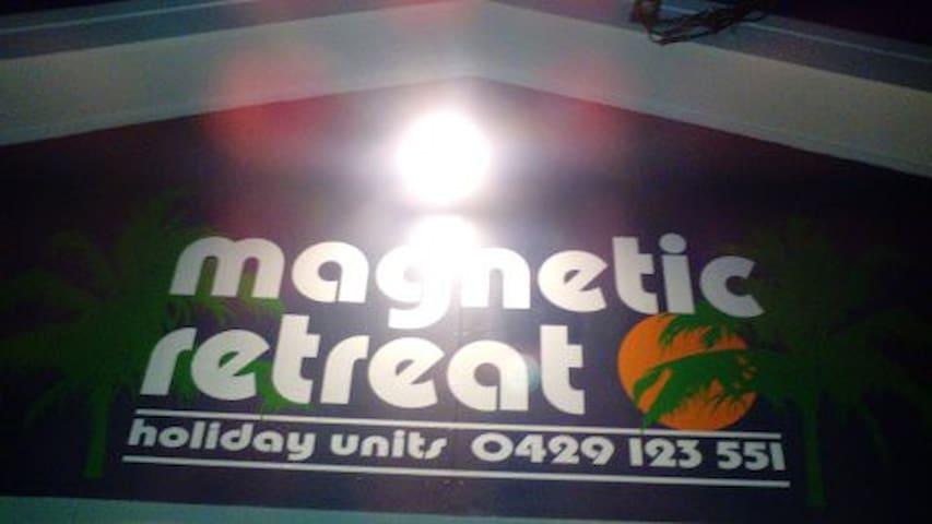 Magnetic Retreat Unit 6