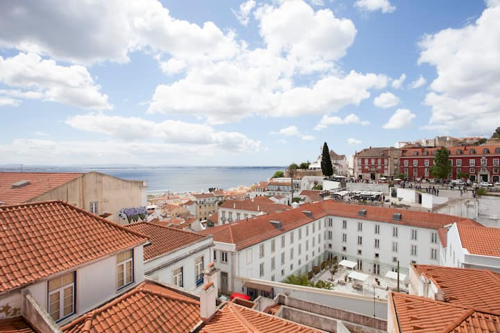 Eco-studio,french balcony &view; Sao Vicente III