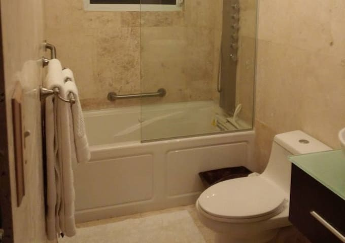 Master Suite with Jacuzzi Tub @ Blue Moon