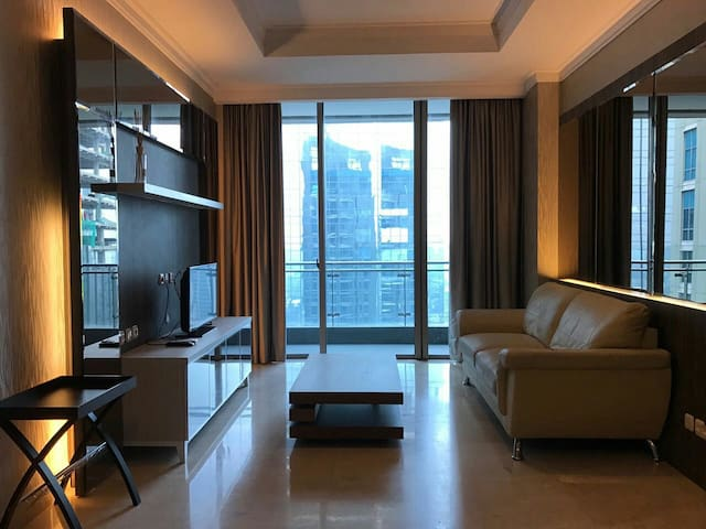 Cozy 2 Bedroom in Residence 8 SCBD