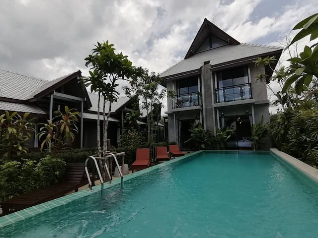 Klong Muang Beach Resort - 3 bedrooms 3 restrooms