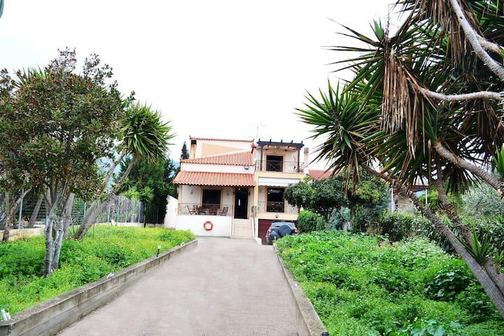 Villa Bella Loukisia - Platanakia - Villa