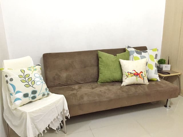 1BR Condo in Quezon City near SM North EDSA Mall - Quezon City