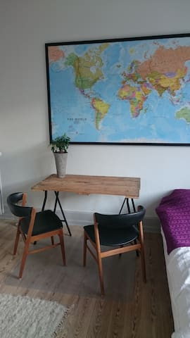 Brightly room - Aarhus C, close to nature & center - Aarhus - Apartamento