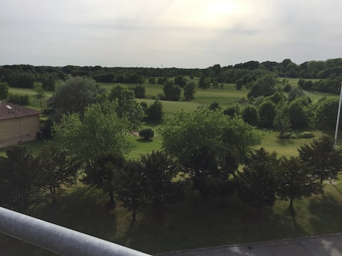 Enjoy Amazing Golf Court View - or come and play
