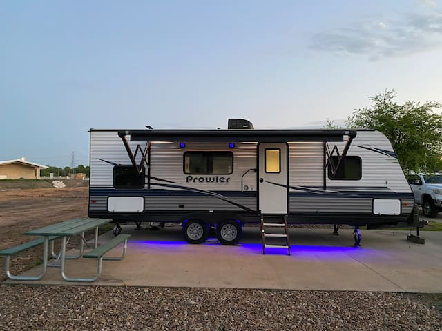 Rv Staycation  Gr8 location.  MD Anderson access