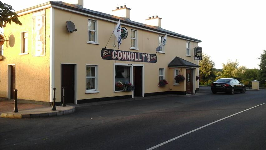 Connollys Guesthouse - Castleblayney - Bed & Breakfast