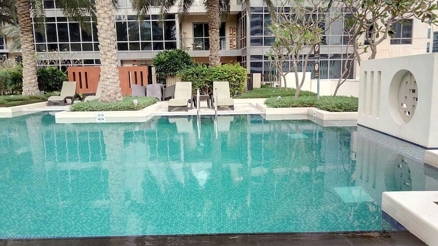 Community View Apartment in Downtown|267946