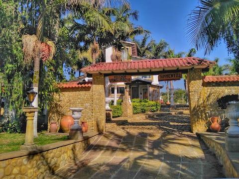 Hacienda la Vanguardia - Cabaña Romántica