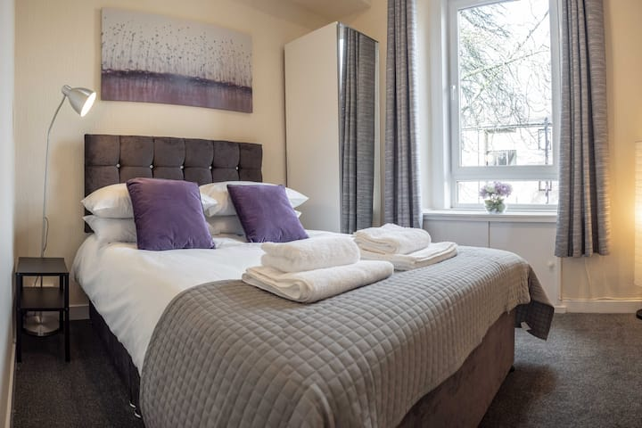 ☆Spacious Flat Close to University and City Centre