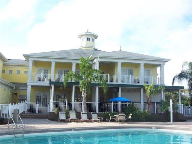 3 Bedroom Bahama Bay  luxury condo near Disney