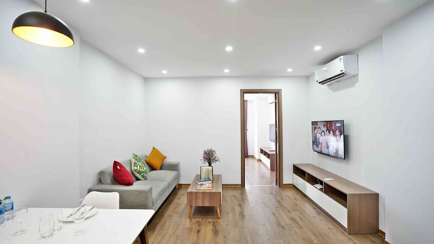 ARL•Quite Bright 1BR Nice view•Wash/Dry•West Lake