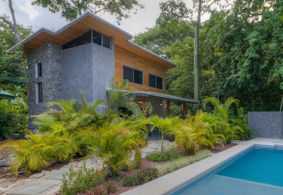 Beautifully designed tropical contemporary.