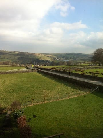 Stones Cottage Farm, 4*, sleeps 4, nr Haworth - Haworth - Casa