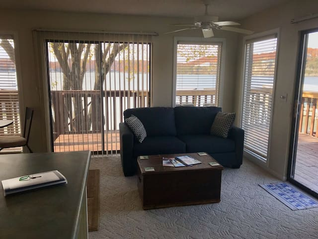 Sunsets on the Lake!-Osage Beach - 1BR/1BA