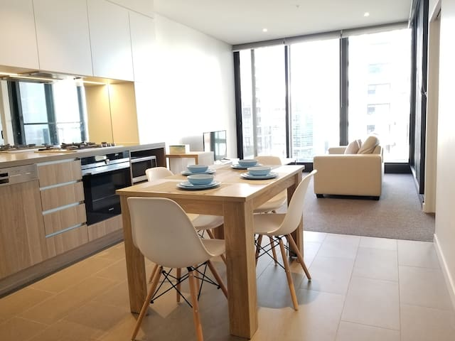 North Ryde New Apartment, Gym & Pool & Parking