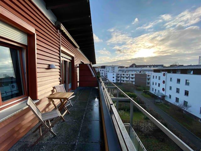 Top Lage & Moderne Wohnung, Nähe Uni & Klinik