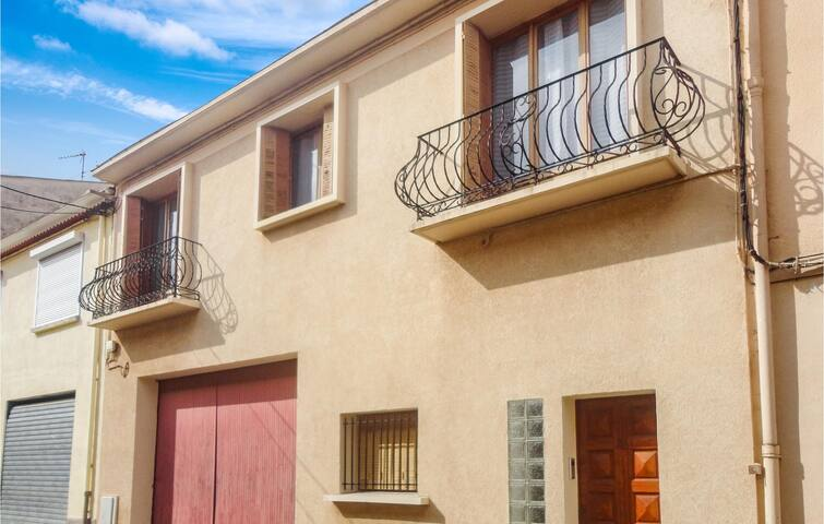 Holiday apartment with 2 bedrooms on 70m² in Béziers