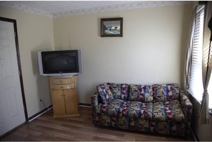 Cozy bedroom in Snellville, GA