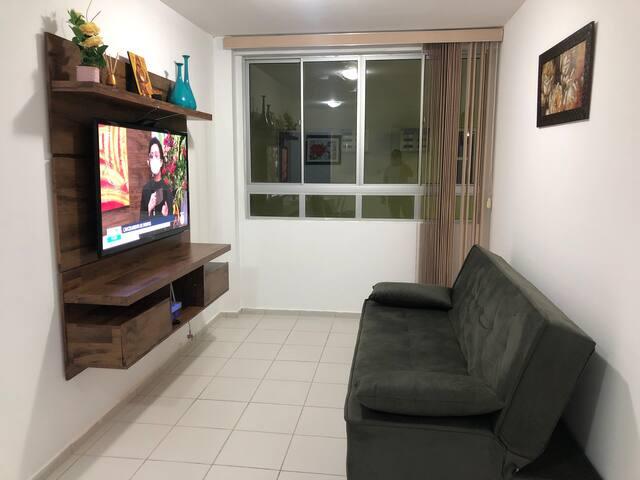 Excelente apartamento, ótima localização.