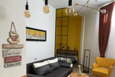 ORA-PRN, studio apartment in the city centre