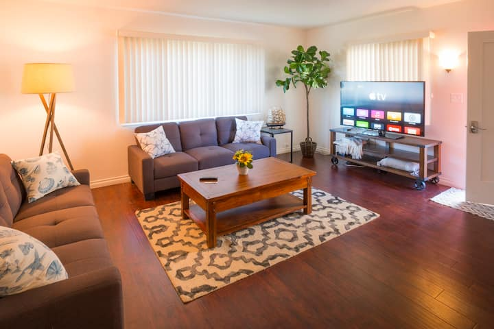 Spacious Remodeled 3BD Santa Barbara Home