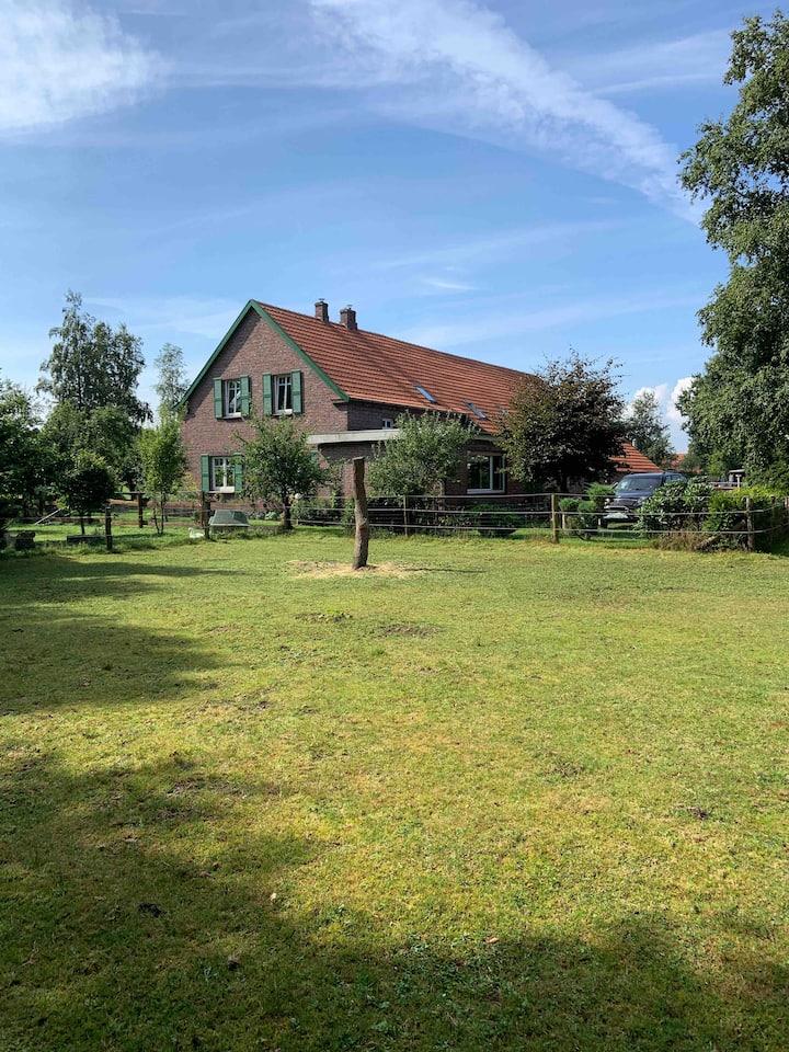 Wittmund Landleben auf kleinem Bauernhof