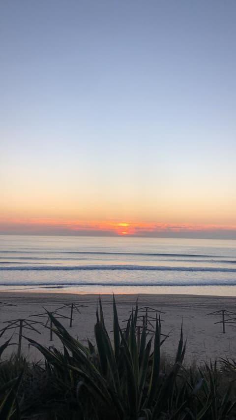Beach House - Surf Beach