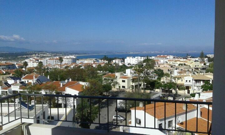 Panoramic Views, Refurbished Studio Apartment
