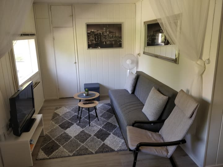 Sulkava downtown, neatly furnished little studio