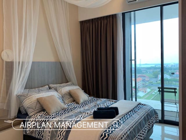 PD D'Wharf Waterfront Cosy Unit (2/3 pax)