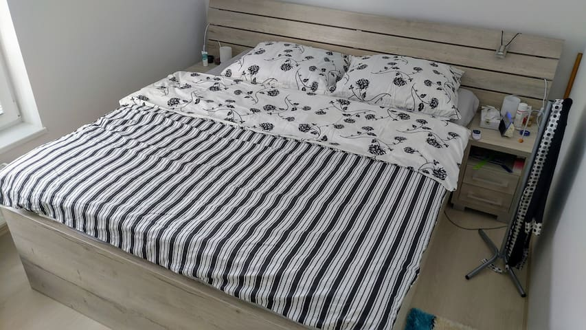 king size bed 220x180