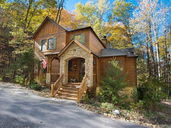 Luxurious Creekside Mountain Cottage at Bear Lake