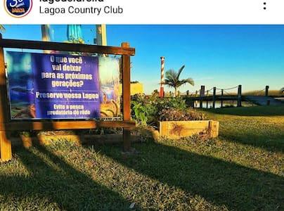 Casa no Lagoa Country Club. Alameda da Felicidade.