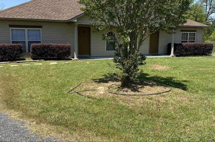321 Gated Community Entire House 2 Bed/2 Full Bath