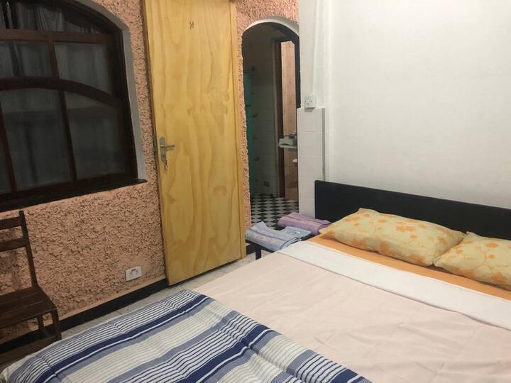 Apto 3 quartos, cozinha, garagem, ar condicionado