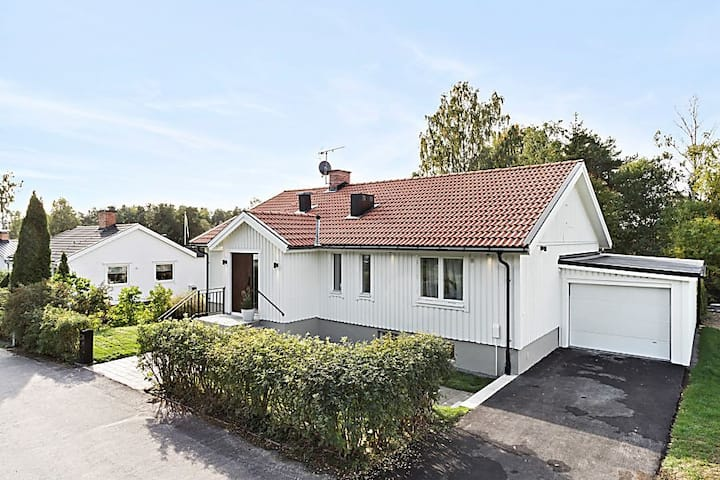 Complete house 15min from Arlanda