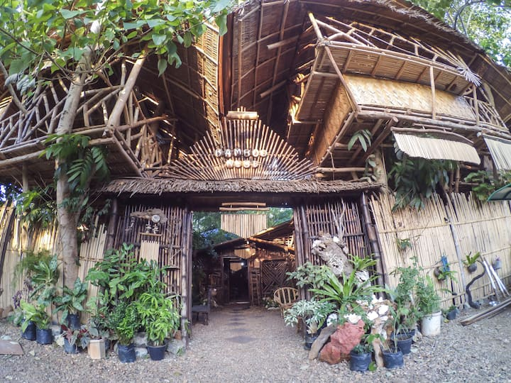 Bamboo Nest Shared Room