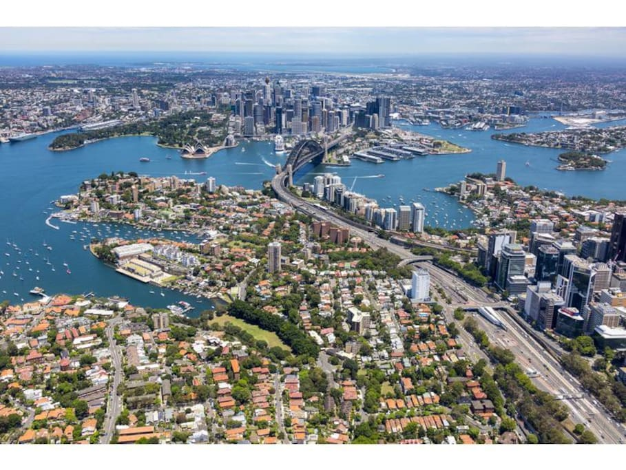We are less than 5kms to the harbour bridge and the city -Balmoral and Manly beaches are close by too