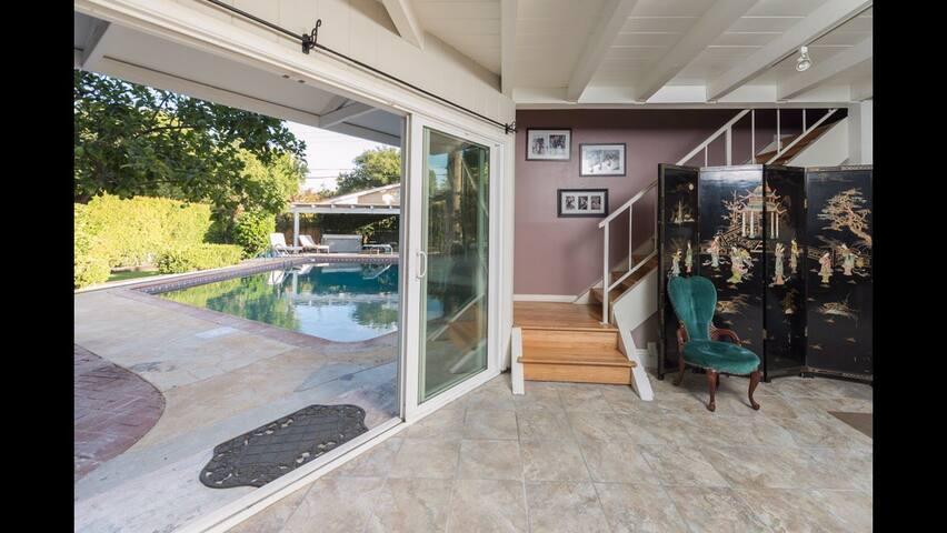 Jan Brady Room in Relaxing Home W/ SaltWater Pool