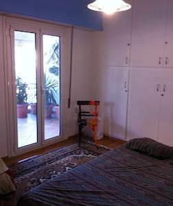 Room in a large apartment - Athina - 公寓