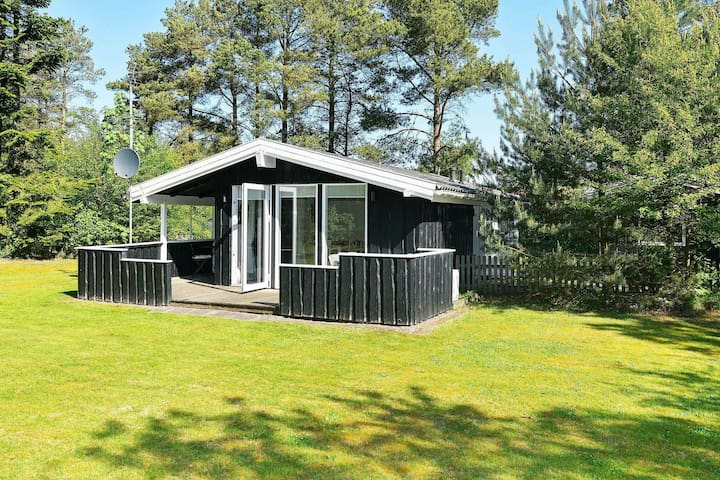 Cozy Holiday Home in Oksbøl with Terrace