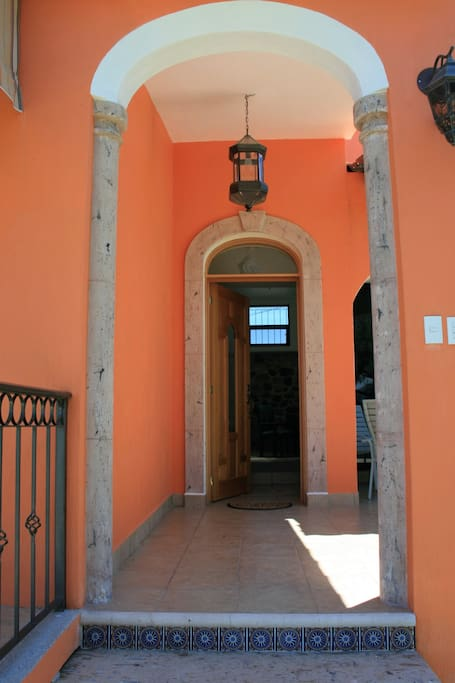 The portal to Hacienda Alta 1