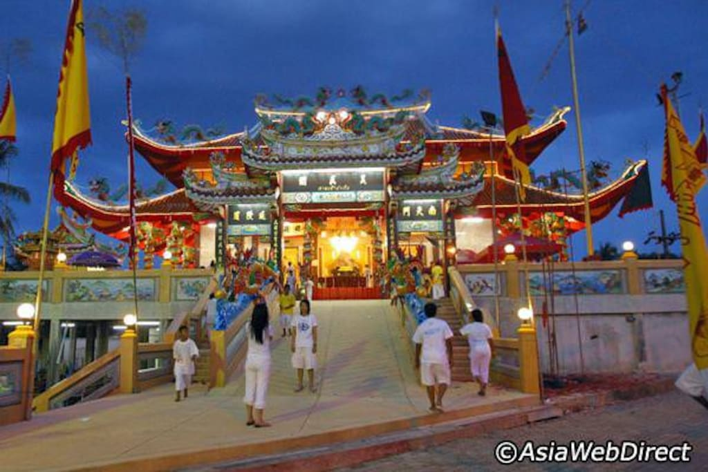 Chinese temple, a beautiful Thai Bhuddhist Temple within 500m walk from the house.