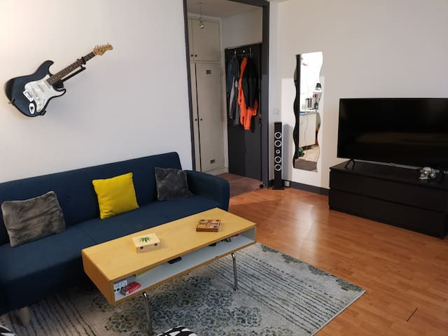 35m² Studio with view on the Eiffel Tower