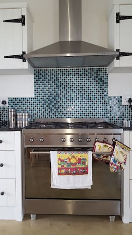 Huge gas cooker with gas oven