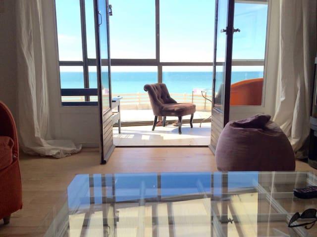 Maison de charme juste devant la mer avec véranda - Ault - House