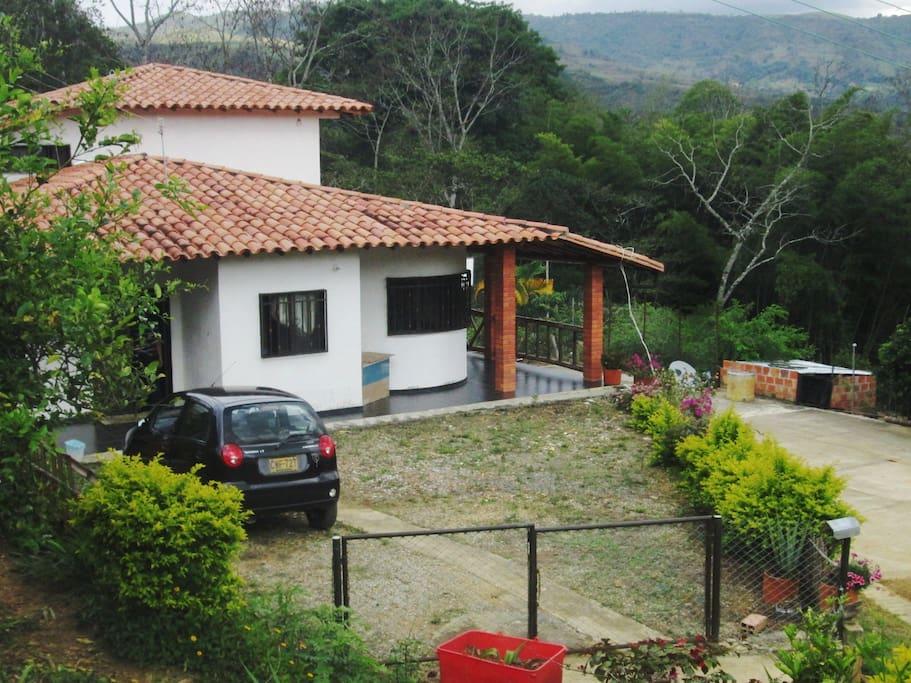 Ingreso a Casa campestre Villa Concha