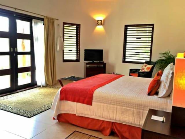 Luxury Jr Cabaña in Hacienda - Santa Elena - Boutique hotel