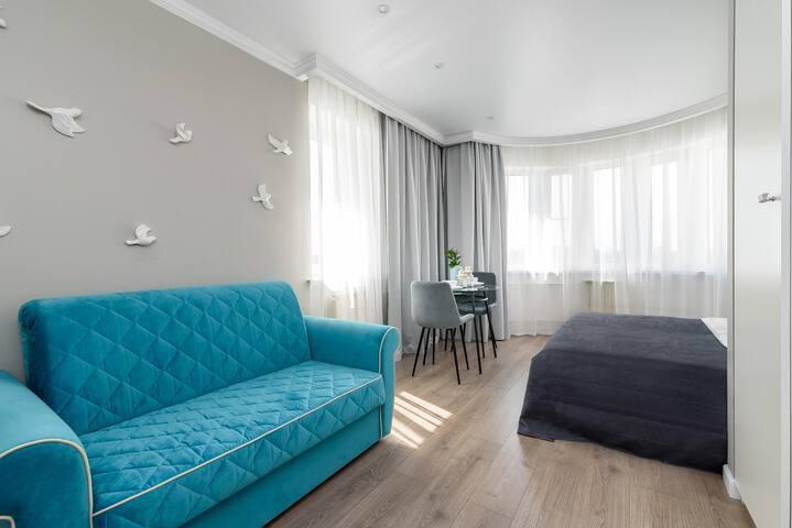 Общий вид. Раскладной диван с ортопедическим основанием - дополнительное спальное место.